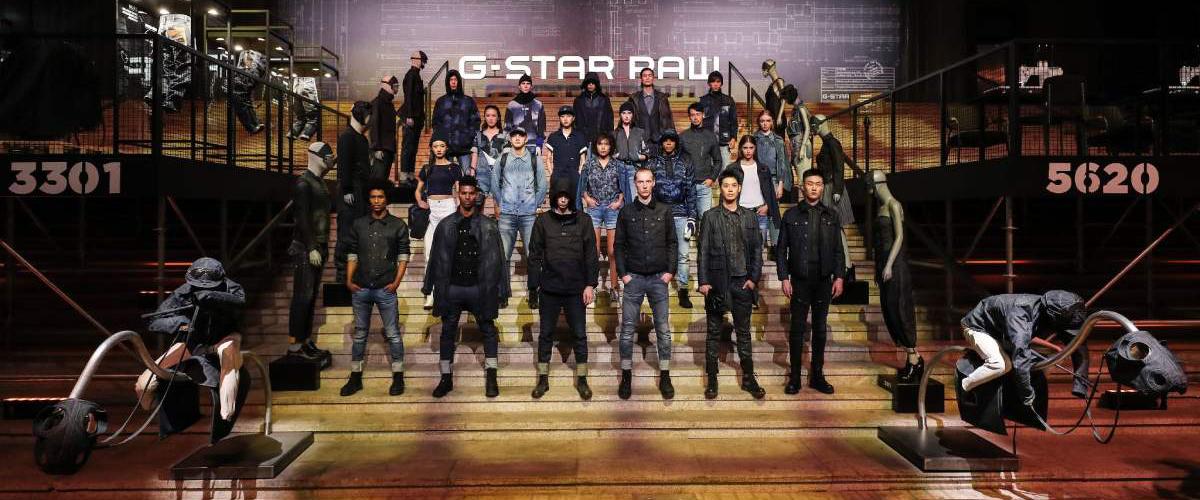 """G-Star RAW 上海举办主题名为""""匠造未来""""的30周年大秀"""